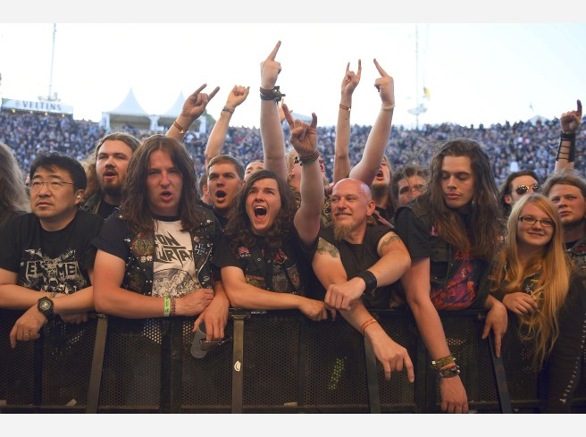 Fans beim Rock Hard.