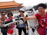 "Bilder vom ""Star Wars""-Tag in Taiwan"